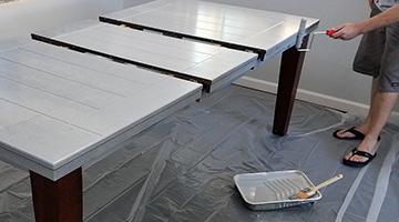 Table de salle à manger, prête à peinturer