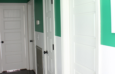 Right side of the painted hallway